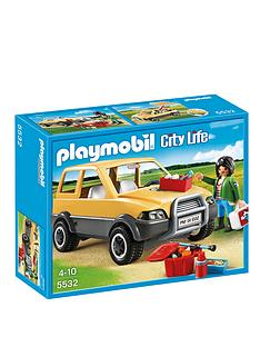 playmobil-vet-with-car-5532