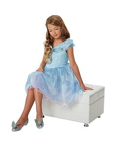 disney-princess-cinderella-light-up-glass-slippers