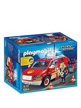 playmobil-fire-chiefs-car-with-lights-and-sound
