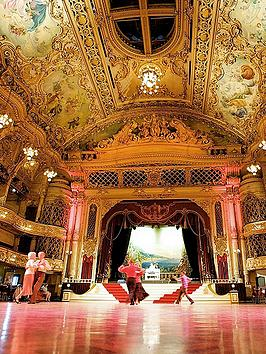 virgin-experience-days-the-blackpool-tower-ballroom-afternoon-tea-for-two