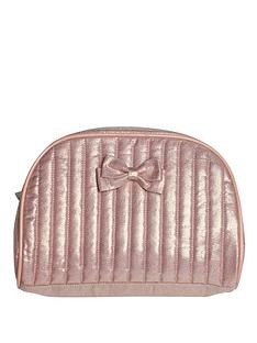 bombay-duck-cheri-quilted-washbag