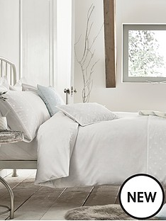 carino-breakfast-cushion-white