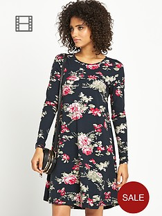 vero-moda-selva-printed-swing-dress