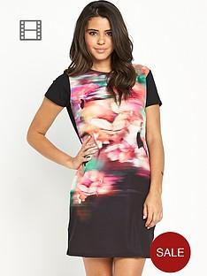 lipsy-blurred-floral-shift-dress