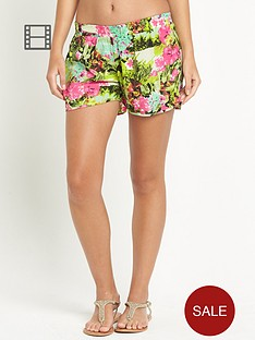 resort-tropical-print-beach-shorts