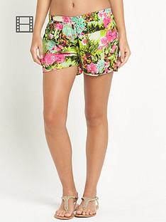 resort-tropical-print-beach-shorts