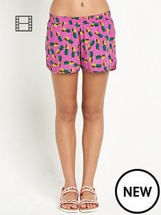 resort-print-beach-shorts