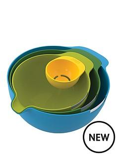 joseph-joseph-nest-mix-4-piece-mixing-set-with-egg-yolk-separator
