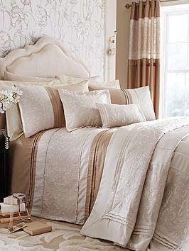 laurence-llewelyn-bowen-garden-party-bedding-range-gold