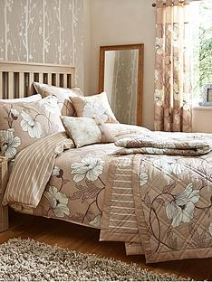 magnolia-bedding-range-natural
