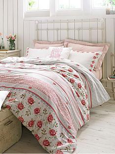 emma-bridgewater-rose-and-bee-pillowcase