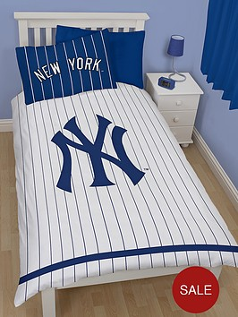 new-york-yankees-reversible-duvet-cover-set