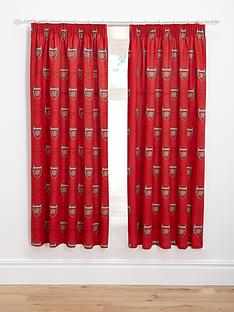 arsenal-bullseye-pleated-curtains