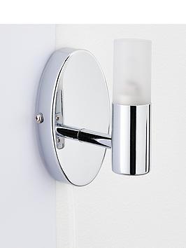 julius-bathroom-wall-light