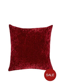 laurence-llewelyn-bowen-belle-of-the-ball-cushion