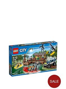 lego-city-crooks-hideout-60068