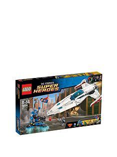 lego-super-heroes-super-heroes-darkseid-invasion-76028