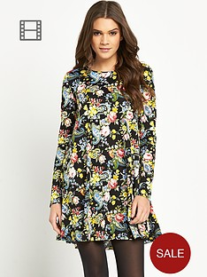 glamorous-long-sleeve-swing-dress