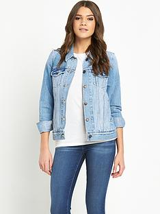 levis-denim-trucker-jacket