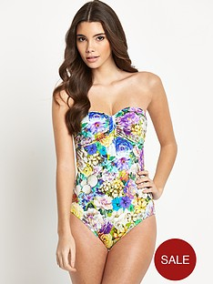 resort-floral-print-swimsuit