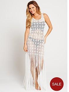 samantha-faiers-fringe-crochet-beach-dress