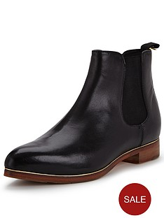 ted-baker-brienah-leather-chelsea-boots