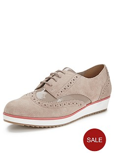 clarks-compass-realm-brogues