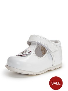 kickers-baby-girl-kicks-shoes