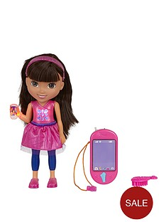 dora-the-explorer-talking-dora-and-smartphone
