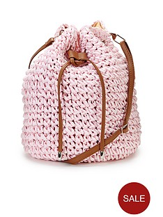pastel-straw-duffle-bag
