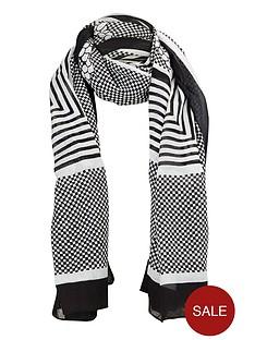 aztec-monochrome-scarf