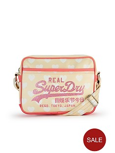 superdry-heart-print-mini-alumni-bag