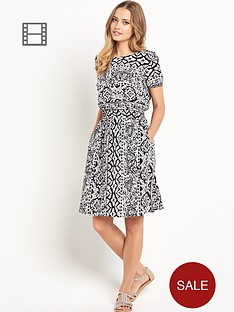 south-printed-day-dress