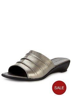 foot-cushion-romy-wedgette-mules-pewter
