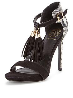 kg-hiss-leather-tassle-sandals
