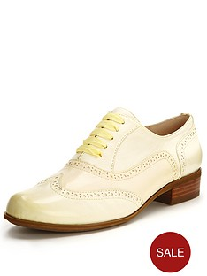 clarks-hamble-oak-brogues-yellow