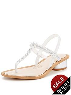 clarks-sandcastle-top-embellished-sandals