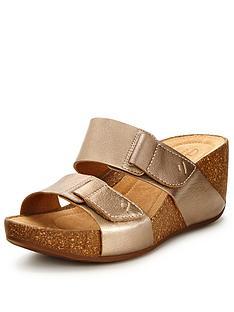 clarks-temira-east-sandals