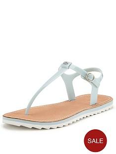 lacoste-luzerna-flat-sandals