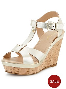 carvela-kabby-leather-wedge-sandals