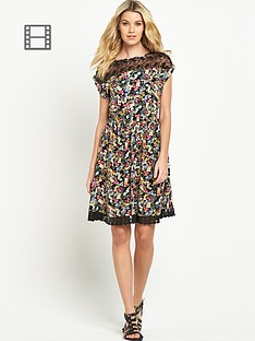 south-lace-trim-day-dress