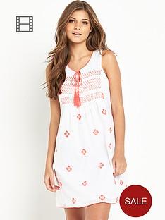resort-embroidered-cotton-beach-dress
