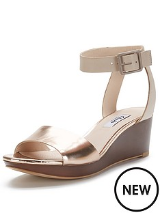 clarks-ornate-jewel-wide-fit-wedge-sandals