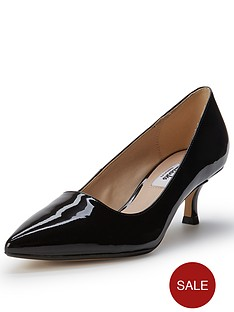 clarks-aquifer-soda-pointed-toe-kitten-heel-court-shoes