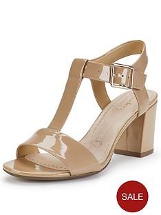 clarks-smart-deva-sandals-natural