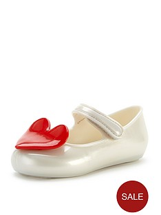 mel-baby-girls-cool-heart-shoes