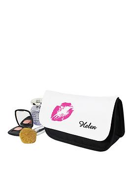 personalised-lips-make-up-bag