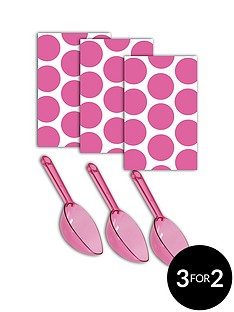 candy-buffet-polka-dot-sweet-bags-and-sweet-scoops