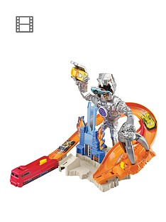 hot-wheels-nitrobot-attack-track-set