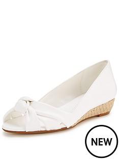 carvela-simone-low-wedge-sandal
